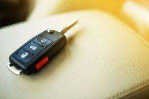 Schlüssel im Wagen vergessen?